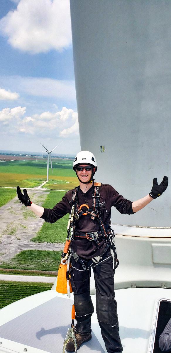 Northwest-Renewable-Energy-Institute-Wind-Turbine-Training-Student-Vancouver-WA