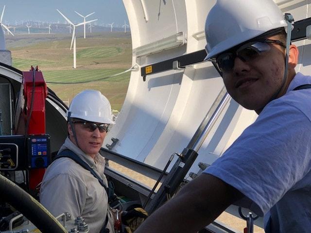 REI-Wind-Turbine-Training-Students 1