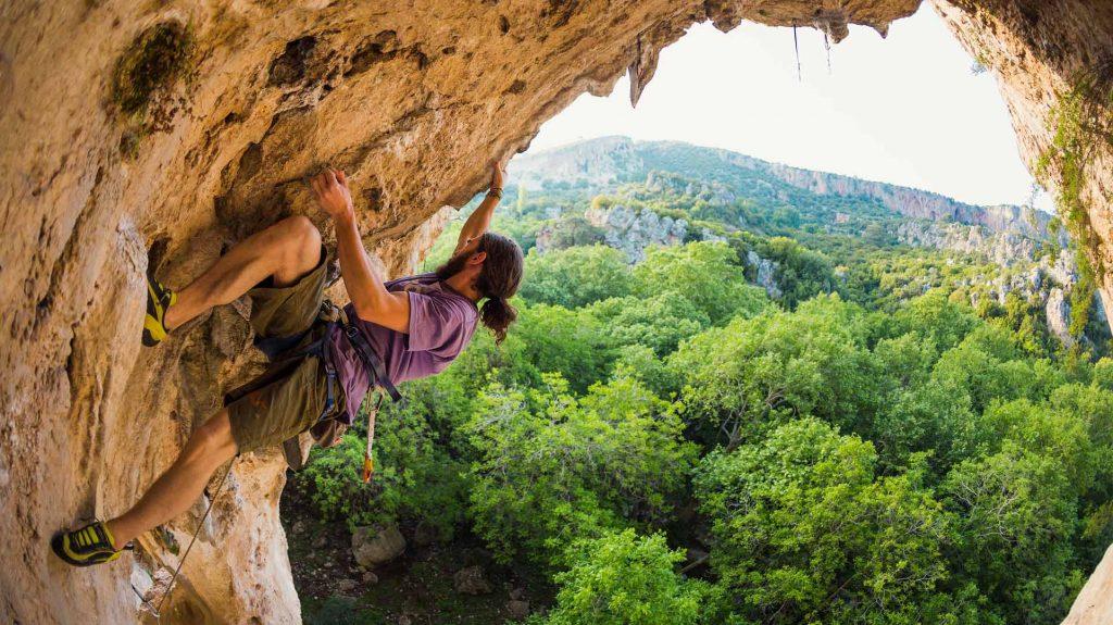 Why-Rock-Climbers-Make-Great-Wind-Turbine-Technicians